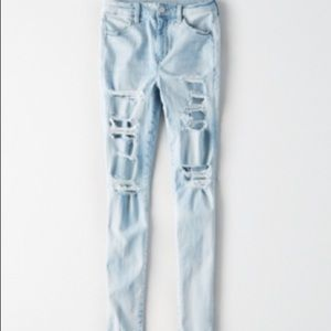 American Eagle ripped jeans size 0 short
